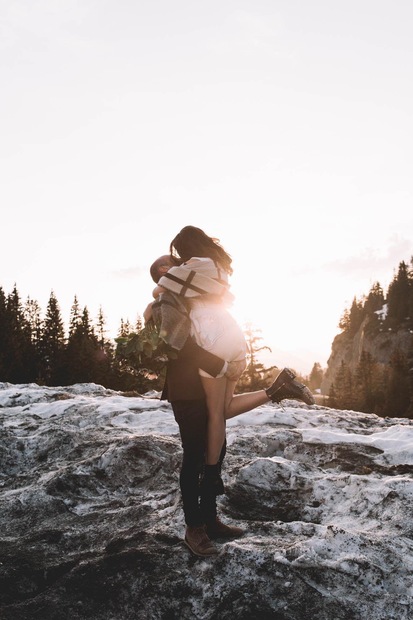 NOEMIE+VIANNEY_ALPEES_PHOTOGRAPHE_MARIAGE_LES BANDITS-03