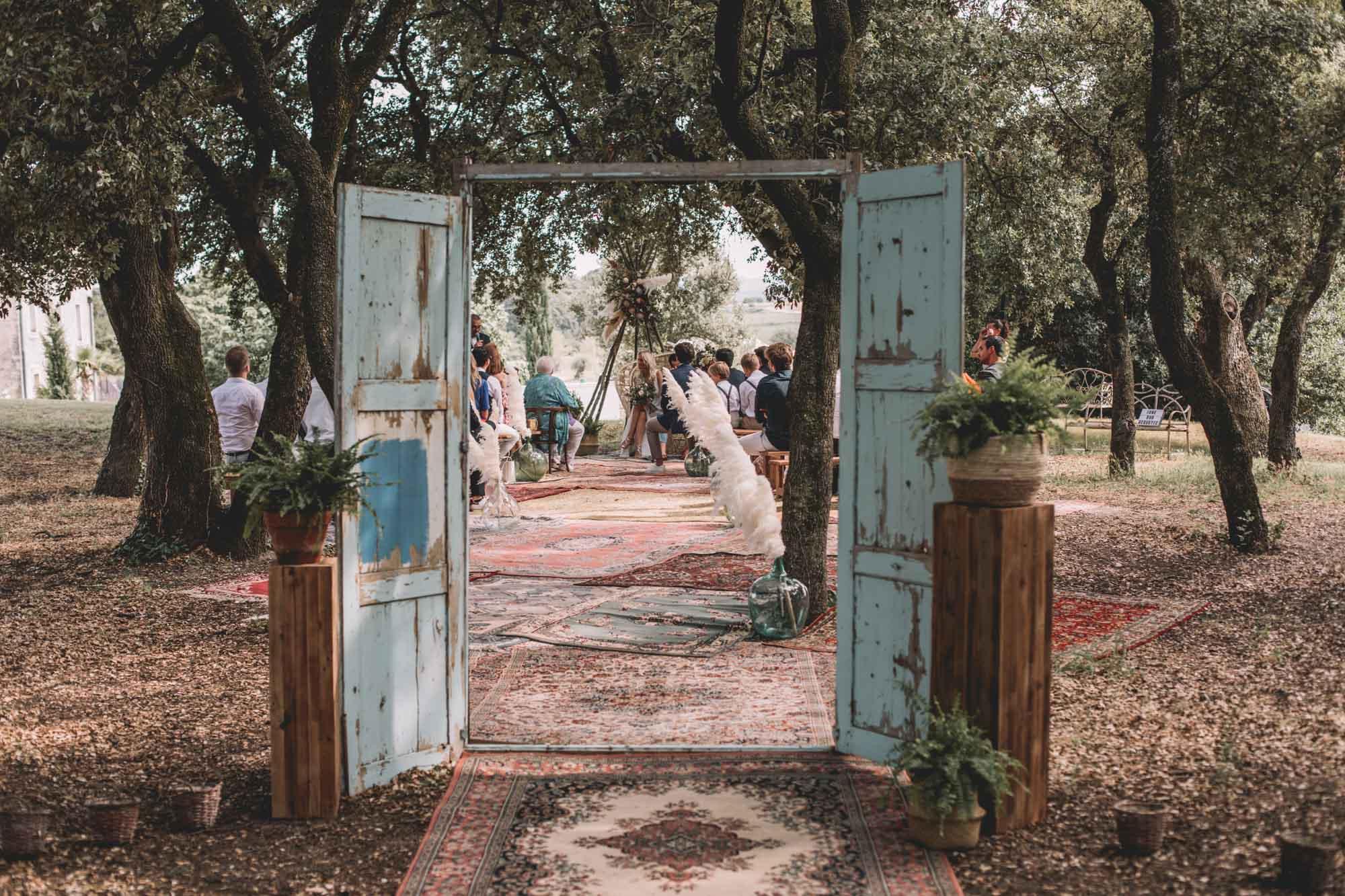 SANDDY+SIMON_LES DOMAINES DE PATRAS_PHOTOGRAPHE_MARIAGE_LES BANDITS-16