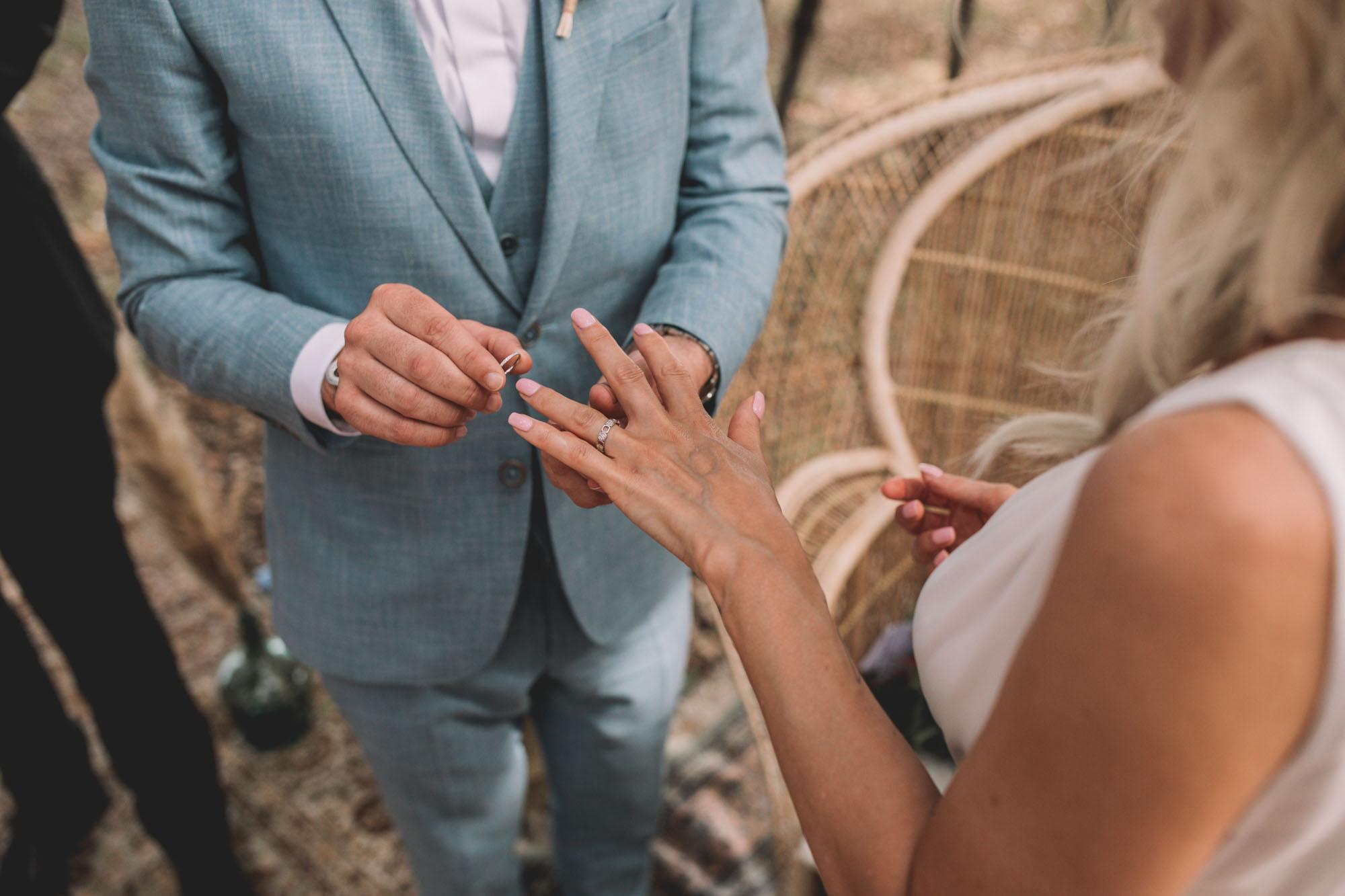 SANDDY+SIMON_LES DOMAINES DE PATRAS_PHOTOGRAPHE_MARIAGE_LES BANDITS-18